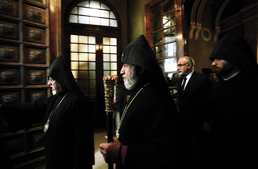 The visit of His Holiness Karekin II to Bucharest